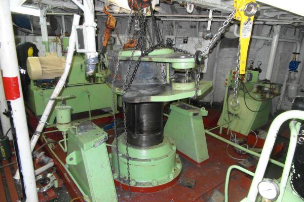 rudder-repair-3DB5BF12D-020E-67F3-7FD3-CCEC3B379420.jpg