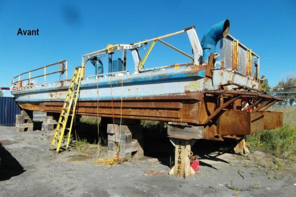 avant-bateau-travail3B23AB39-19A0-01A7-862E-D9F655A468FD.jpg