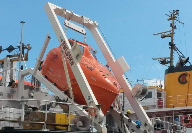 Embarcations de sauvetage & bossoirs